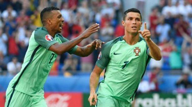 Nani và Ronaldo đang là cặp tiền đạo chính của Bồ Đào Nha (Ảnh: ESPN)